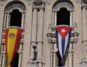 Banderas de España y Cuba en los balcones del Gran Teatro de La Habana, Alicia Alonso. Foto: Agencias