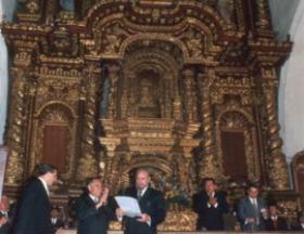 Fidel Castro Ruz recibe en la Catedral de Quito el título de Huésped Ilustre y la llave de la Ciudad