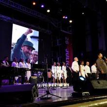 Jóvenes y músicos dedicarón una Cantata a Fidel