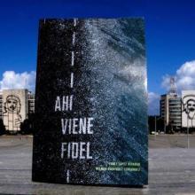 El libro recoge en textos e imágenes los detalles del paso del cortejo fúnebre del Comandante en Jefe desde La Habana hasta Santiago de Cuba. Foto: Ariel Cecilio Lemus/ Granma