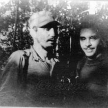 Frank Pais y Fidel Castro en la Sierra Maestra Foto: Archivo de Granma
