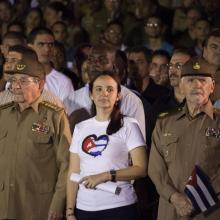 Raúl encabeza Marcha de las Antorchas en homenaje a José Martí, y dedicada al Líder de la Revolución Fidel Castro. Foto: L Eduardo Domínguez/ Cubadebate