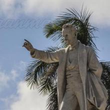«En mí, solo defenderé lo que tengo yo por garantía o servicio de la revolución», escribió Martí a Manuel Mercado, vísperas de su caída en combate. Foto: Juvenal Balán