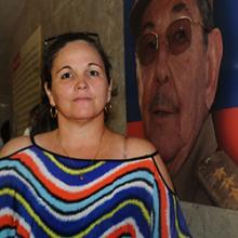 Madre de niño ingresado en el Instituto de Oncología y Radiología del Hospital Manuel Fajardo. Foto: Prensa Latina.