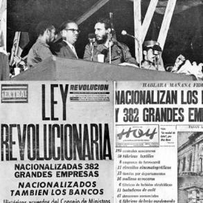 Al clausurar el I Congreso Latinoamericano de Juventudes, en el Estadio del Cerro, Fidel anuncia la nacionalización de empresas estadounidenses radicadas en Cuba Autor: Juventud Rebelde