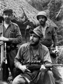 Fidel, Raúl y Camilo, una generación que siempre pensó en su Patria.