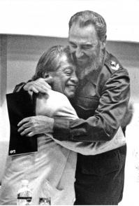 En cinco ocasiones retrató al líder histórico de la Revolución cubana, de quien solía decir que sus manos hablaban. Foto: Ahmed Velázquez