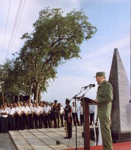 Durante un acto político en Bridgetown, Barbados, en conmemoración por el Crimen de Barbados, 1ro de agosto de 1998. Foto: Estudios Revolución