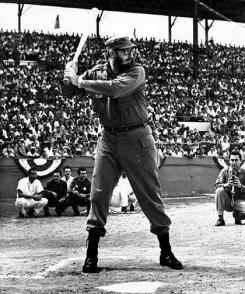 El deporte nacional lo emocionaba como a cualquier otro cubano. Foto: Liborio Noval