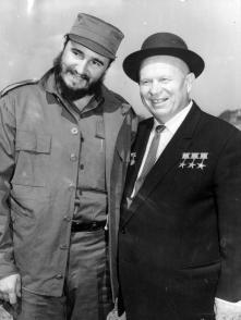 Nikita Jrushchov y Fidel Castro