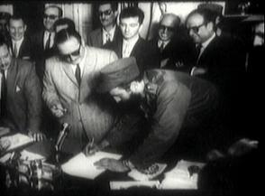 Fidel tomó posesión como Primer Ministro, el 16 de febrero de 1959, en el Palacio Presidencial de La Habana..