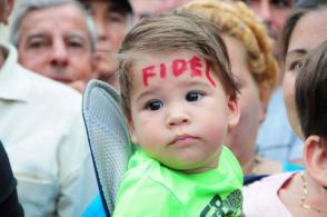 Para los revolucionarios de hoy está el reto de mantener el legado de Fidel. Foto: Vicente Brito