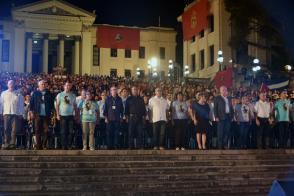 Díaz-Canel presidió la velada político cultural en homenaje al segundo aniversario de la desaparición física de Fidel. Foto: Estudios Revolución