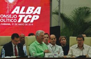 El Presidente cubano asistió a la sesión de clausura del xviii Consejo Político del ALBA-TCP. Foto: José Manuel Correa