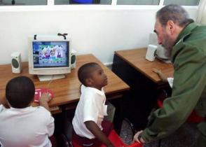 Joven Club cuenta con la red comunitaria más grande del país, logrando interconectar los 168 municipios de Cuba