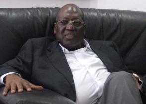 António Paulo Kassoma, secretario general del Movimiento por la Liberación de Angola (MPLA)