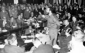 El 2 de mayo de 1959 Fidel habló ante el Consejo Económico de los 21, en Buenos Aires, Argentina. (Foto: Tomada de Internet)
