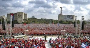 En la Plaza con Fidel.