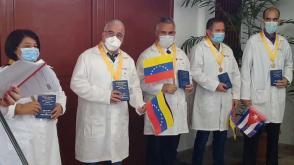 Medici cubani di ritorno dal Venezuela. Foto: Radio Rebelde digital.