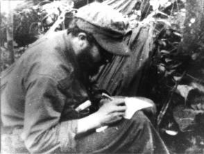 Fidel Castro en la Sierra Maestra Foto: Archivo Granma