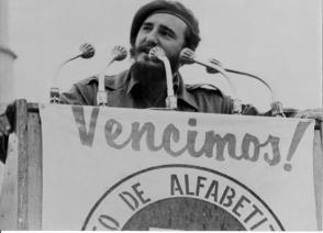 Fidel declara la victoria de la Campaña de Alfabetización, el 22 de diciembre de 1961. Foto: Archivo de Granma