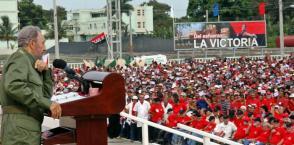 Sa confiance dans le peuple, qu'il a organisé et éduqué, était infinie, précisément en raison de cette éducation et de cette organisation, mais il n'a jamais sous-estimé la nécessité de donner des explications approfondies sur des questions complexes. Photo: Jorge Luis Gonzále