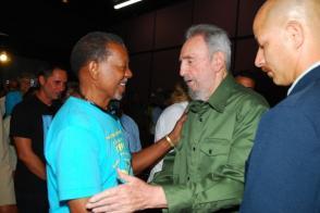 Fidel Castro y Lucius Walker en La Habana