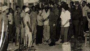 Fidel, como era su costumbre, dialogó con médicos, enfermeras y con obreros que edificaban el hospital pediátrico de Camagüey.