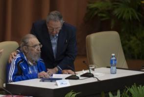 Fidel y Raúl, ejemplo de hermanos en la lealtad