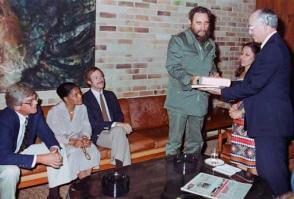 Este projeto de trabalho começou em 1981, depois que Fidel se encontrou com o médico americano Randolph Lee Clark. Photo: Archivo