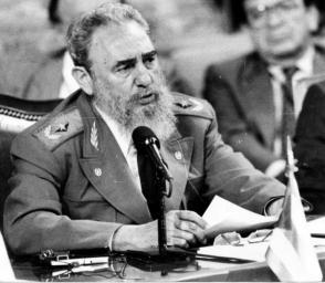 Fidel en la Primera Cumbre Iberoamericana, Guadalajara, México. Foto: Liborio Noval