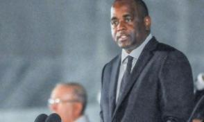 Roosevelt Skerrit, Primer Ministro de Dominica