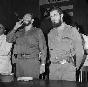 Fidel Castro y el el Ministro del Trabajo Augusto Martínez Sánchez