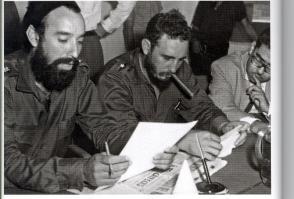 Fidel Castro junto a Antonio Núñez Jiménez