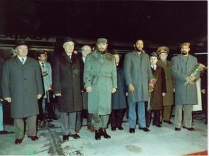 Fidel Castro y Maurice Bishop durante una escala técnica en Uzbekistán