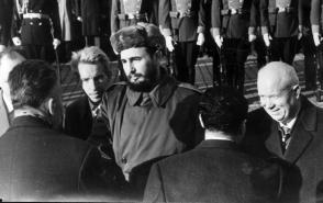 Fidel Castro y Nikita Jrushchov en la URSS