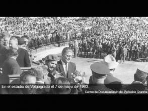 Fidel Castro en el Estadio de Volgogrado