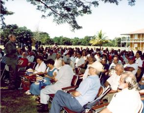 Presentación del Libro sobre Fidel Castro Todo el Tiempo de los Cedros